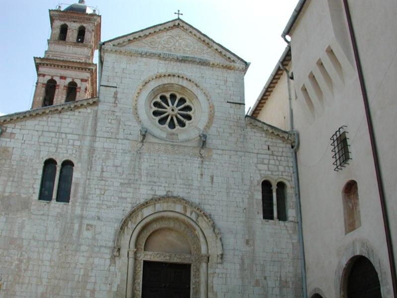 Chiesa di S. Pietro a Bovara di Trevi